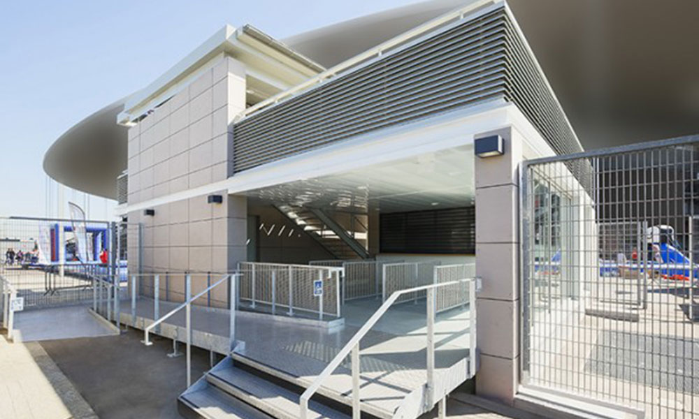 Pavillon Média du Stade de France - Saint-Denis (93)  Rampe d'accès