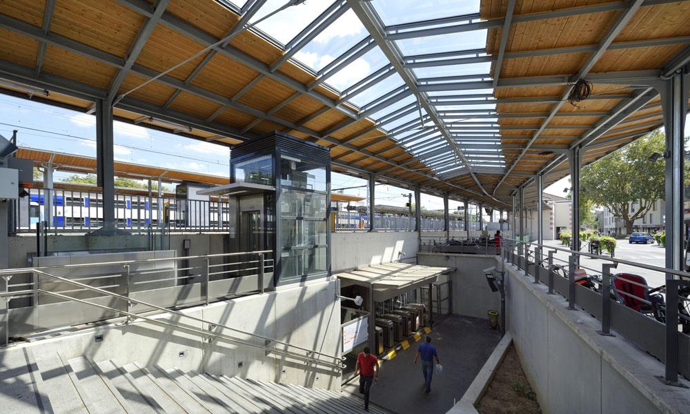 Gare SNCF Maisons-Alfort (94) – Menuiseries extérieures et intérieures